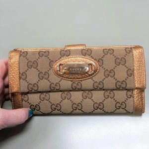 Authentic Gucci Wallet in Gold